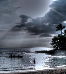 The Good Life (Phyllis74) Tags: ocean sea beach water hawaii oahu goodlife {vision}:{sky}=0953 {vision}:{car}=0661 {vision}:{mountain}=0567 {vision}:{clouds}=0891 {vision}:{outdoor}=0981 {vision}:{ocean}=0642