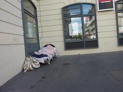 Paris - Life in the Gap (ashabot) Tags: paris streetscenes