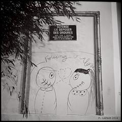 Falling in love rue mallebranche (Robert_Kincaid) Tags: city bw paris france film night long exposure nightshot nb lubitel2 lubitel delta100 nuit ilford longue litghts