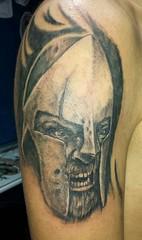 #tatuaje #tattoo realizado en el #Candil #Granada #gladiador #brazo #sombras #realista espero que os guste (El Candil Granada) Tags: tattoo granada sombras tatuaje brazo candil gladiador realista