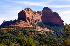 Sedona, Arizona (thomevered) Tags: arizona usa mountains beautiful america landscape amazing rocks colorful unitedstates sedona colourful redrock deepreds