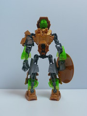 The Defender (Toxic Geek) Tags: golden lego shield bionicle ccbs