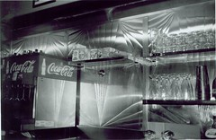 Shiny (Stephen Hilton) Tags: kitchen shiny diner fp4 stainless canonetgiiiql17