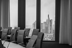 Mario & die 7 Zwerge (Easy_FFM) Tags: skyline frankfurt ecb ezb europeancentralbank europischezentralbank nachbarschaftstag