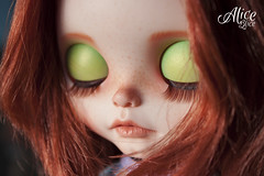 Iraty eyelids (Alice Blice) Tags: blythe customblythedoll aliceblice bigeyes artdoll redhairgirl dollart collectible