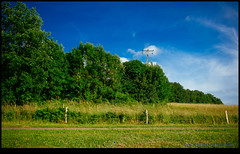 160611-8283-XM1.jpg (hopeless128) Tags: fields sky eurotrip 2016 france electricitypole fence nanteuilenvalle aquitainelimousinpoitoucharen aquitainelimousinpoitoucharentes fr