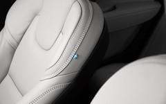 IMG_3946 (FrozenSilverM5) Tags: detalis volvo s90 sweden limousine carphotoraphy inscription car vehicle leather seat flag interior
