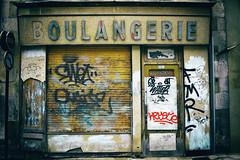 OULANGERIE  AUXERRE (pitchoun9999) Tags: france vintage tag bourgogne boulangerie vitrine devanture auxerre yonne oulangerie