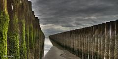 storm breaker (GdeB fotografeert) Tags: gdebfotografeert oktober2015 zeeland strandvanwestenschouwen flickrexplored highdynamicrange hdr photomatix