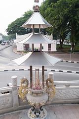 Dragon incense burner (quinet) Tags: temple buddhism sarawak malaysia borneo kuching incense tempel bouddhisme encens 2015 buddhismus weihrauch