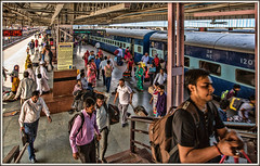 Arrivals and departures (david.hayes77) Tags: 2016 jaipur rajasthan india passengers railway humanity train express jaipurjunction indianrailways ir nwr