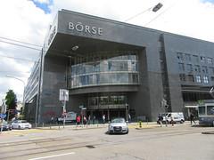 New Brse, Zurich    (1991) (cohodas208c) Tags: zurich 1991 capitalism stockexchange borse