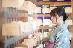 (hapiiLiLi) Tags: love girl beautiful smile japan temple nikon kyoto pretty  kimono wish tradition  d800 2016   nikond800