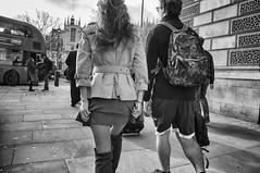 Women in the wind_2 (Manuel Atienzar) Tags: streetphotography mujer woman viento wind falda skirt manuelatienzar
