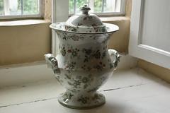 Eyam Hall Urn (Bri_J) Tags: uk urn nikon derbyshire pottery nationaltrust eyam eyamhall d7200