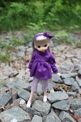 De paseo... (Ninotpetrificat) Tags: cute toys doll handmade hobby lila kawaii coser juguete puppe muñeca obitsu japantoy japandoll mamachapp
