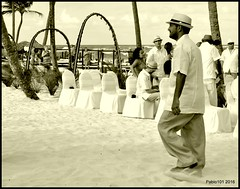 Just Married (Pablo101) Tags: monochrome married dominicanrepublic puntacana puntacanaprincess