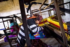 on the loom (Mark Panszky) Tags: nepal women working cloth weaving loom bandipur
