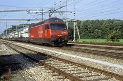 460 064  Möhlin  25.08.99 (w. + h. brutzer) Tags: möhlin eisenbahn eisenbahnen train trains schweiz switzerland railway elok eloks lokomotive locomotive zug 460 sbb webru analog nikon