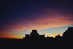 Hace Minutos (JavierAndrs) Tags: city pink blue light sunset sky orange sun color verde green luz sol argentina colors silhouette yellow azul clouds atardecer evening nikon purple horizon rosa ciudad colores amarillo cielo nubes hoy silueta nikkor today crdoba naranja tarde horizonte violeta skyblue celeste 18mm f35 tardecita
