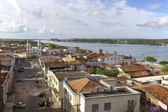 Vista Area do Centro Histrico de Penedo, Alagoas (Francisco Arago) Tags: morning trees brazil sky people cars latinamerica southamerica rio horizontal brasil clouds buildings reflections river boats photography pessoas day colours photographer barcos aerialview dia panoramic aerial cu historic igreja panoramica fotografia reflexos telhado fotgrafo area historiccity rvores builds manh penedo alagoas beautifulday amricadosul amricalatina edifcios centrohistrico colorido histrico nvens sergipe panoramicview vistapanoramica cidadehistrica historiccenter centrehistorique repblicafederativadobrasil edificaes igrejacatlica veculos sofranciscoriver linhadohorizonte canonef1635mmf28lii canoneos5dmarkii nepolis franciscoarago estadodealagoas riodaintegraonacional riosaofrancisco cidadehistorica igrejadesogonalogarcia tombadapelopatrimniohistricoeartsticonacionaliphan municpiodepenedo ouropretodonordeste divisadealagoascomoestadodesergipe vistaaereadocentrohistoricodepenedo