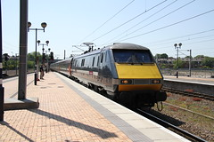 EAST COAST CLASS 91 AT YORK (Andrew Mansfield - Sheffield UK) Tags: york trains yorkstation class91 91113 eastcoasttrains