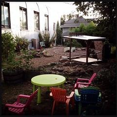 "Sellwood Montessori School #garden #sepdx • <a style=""font-size:0.8em;"" href=""https://www.flickr.com/photos/61640076@N04/9837569994/"" target=""_blank"">View on Flickr</a>"