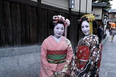 Two Maiko (MrHicks46) Tags: japan kyoto flickr maiko geisha gion nex eastkyoto rtw2013