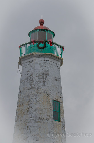 lighthouse 325