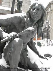 Iroquois (plitch) Tags: winter statue bronze quebec montreal plitch plitchphotostream