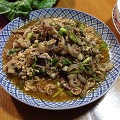 ลาบหมู | Spicy Minced Pork Salad @ บ้านแม่แดง | Mae Dang Home