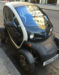 Renault Twizy (Ben Sutherland) Tags: london renault electriccar w1a quadracycle twizy renaulttwizy