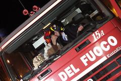 """DSCF4573 (colizzifotografi) Tags: del camion casco matrimonio bacio divertenti sposi pompieri pompiere caschi spiritose """"vigili fuoco"""""""