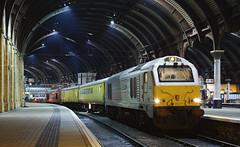 67012 York 09/02/2015 (Flash_3939) Tags: york test station yellow night dark diesel locomotive chiltern dbs eastcoastmainline ecml mk1 networkrail ashropshirelad platform6 class67 67012 67027 dbschenker wrexhamshropshire
