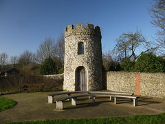 Blaker's Tower (Worthing Wanderer) Tags: winter sussex chalk december sunny kingston eastsussex southdowns