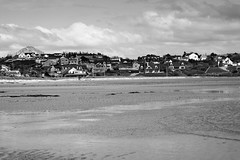 BWJPG---IMG_6437 (r4ytr4ce) Tags: ireland blackandwhite beach landscape 50mm boat eire donegal ire trchonnaill