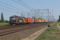181-089 Pszczolki/Poland (Gridboy56) Tags: railroad electric train europe poland trains locomotive railways locomotives skoda 181 lotos railfreight pszczolki 181089