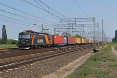 181-089 Pszczolki/Poland (Gridboy56) Tags: railroad electric train europe poland trains locomotive railways locomotives skoda 181 lotos railfreight pszczolki 181089