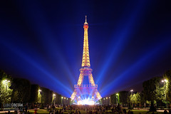Tour Eiffel (betak.cz) Tags: city travel blue sky urban paris france tower skyline architecture night lights for freedom nikon europe cityscape tour outdoor pray sigma eiffel pariz v sigma35mm nikond800