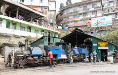 Darjeeling Steam Locos (Jrgen Wisckow Fotodesign) Tags: india shed railway loco steam darjeeling himalayan kurseong