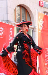 De Langste Dag 2016 - Leuven (Kristel Van Loock) Tags: people leuven belgique drieduizend belgi persone belgica flamenco louvain streettheater braderie straattheater personen flanders belgien belgio vlaanderen lovaina flandre delangstedag vlaamsbrabant lovanio visitbelgium fiandre visitleuven leveninleuven stadleuven wwwdelangstedagbe seemyleuven toerismevlaamsbrabant leuvencity visitflanders atleuven 25juni2016 zaterdag25juni2016 31eeditie delangstedag2016 liefstleuven cityofleuven flamencoopstelten stephworx