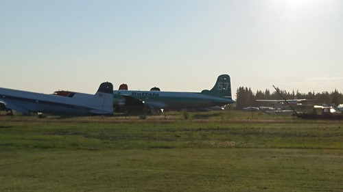 Buffalo Airways aircraft at Hay River 03""