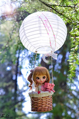 Happiness it's a journey... (Suki) Tags: travel cute outdoor quote air ballon pullip pullips poisongirl pullipcustom