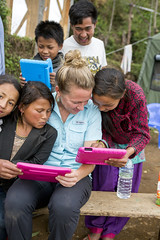 2016_May_Nepal_1582_edit1 (Young Living Essential Oils) Tags: dgaryyoungyounglivingfoundation younglivingessentialoilsllc humanitarian nepal photojw