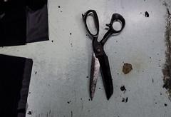 _DSC0243 (bhanu prksh) Tags: photojournalism bagmakers surviving