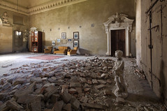 villaArtist1 (mANVIL) Tags: family art abandoned architecture earthquake europe military villa mansion chateau noble