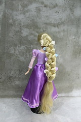 back view Rapunzel Parks Exclusive 2013 (Rodfhaii) Tags: doll disney rapunzel tangled