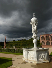 Dark skies (geoffspages) Tags: fountain weather clouds kenilworth kenilworthcastle