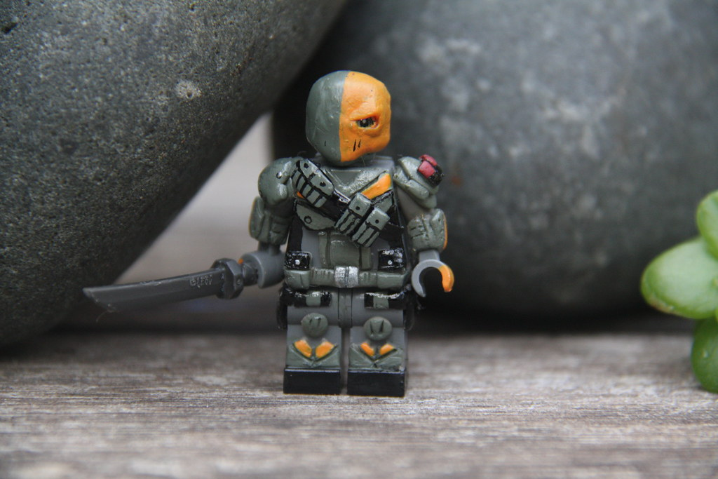 The World's Best Photos of deathstroke and origins ...