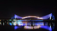 bridge reflection (yazi78) Tags: bridge nightshot malaysia putrajaya slicesoftime vpu2 vpu3